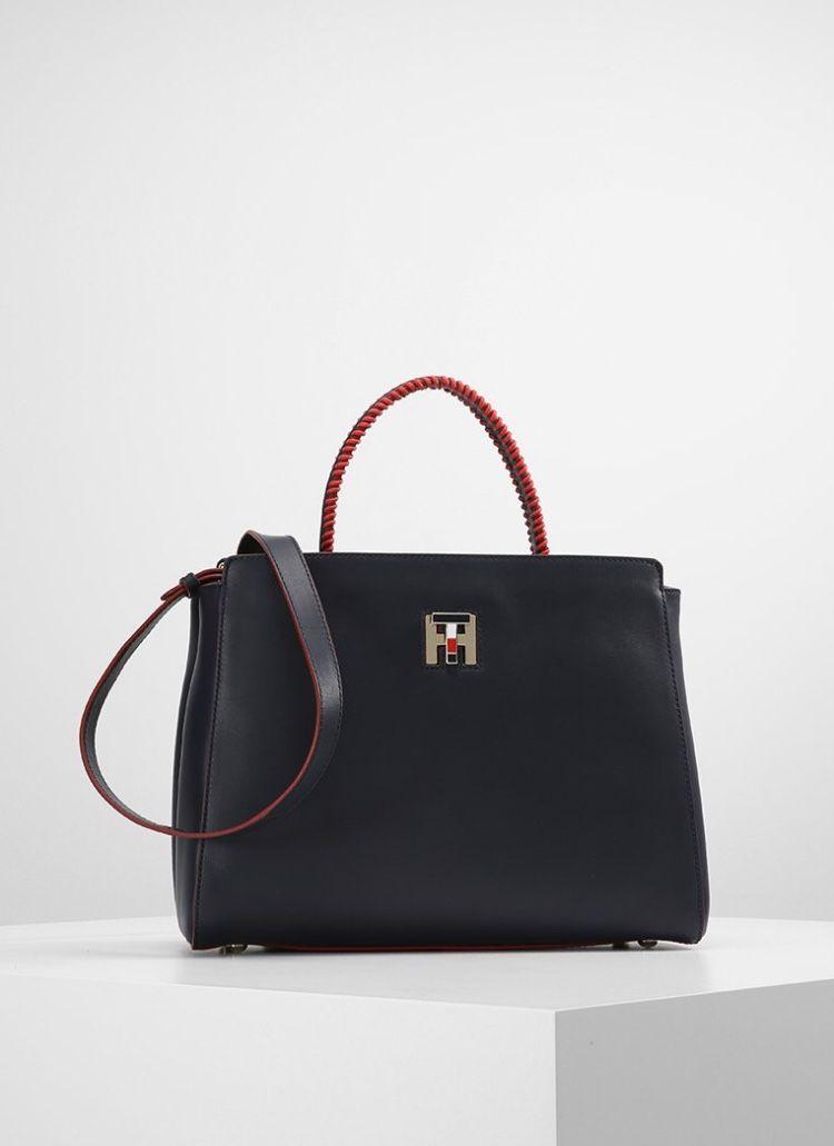 Pin by Danah Alkahef on Handbags in 2018  19efbc239a96c