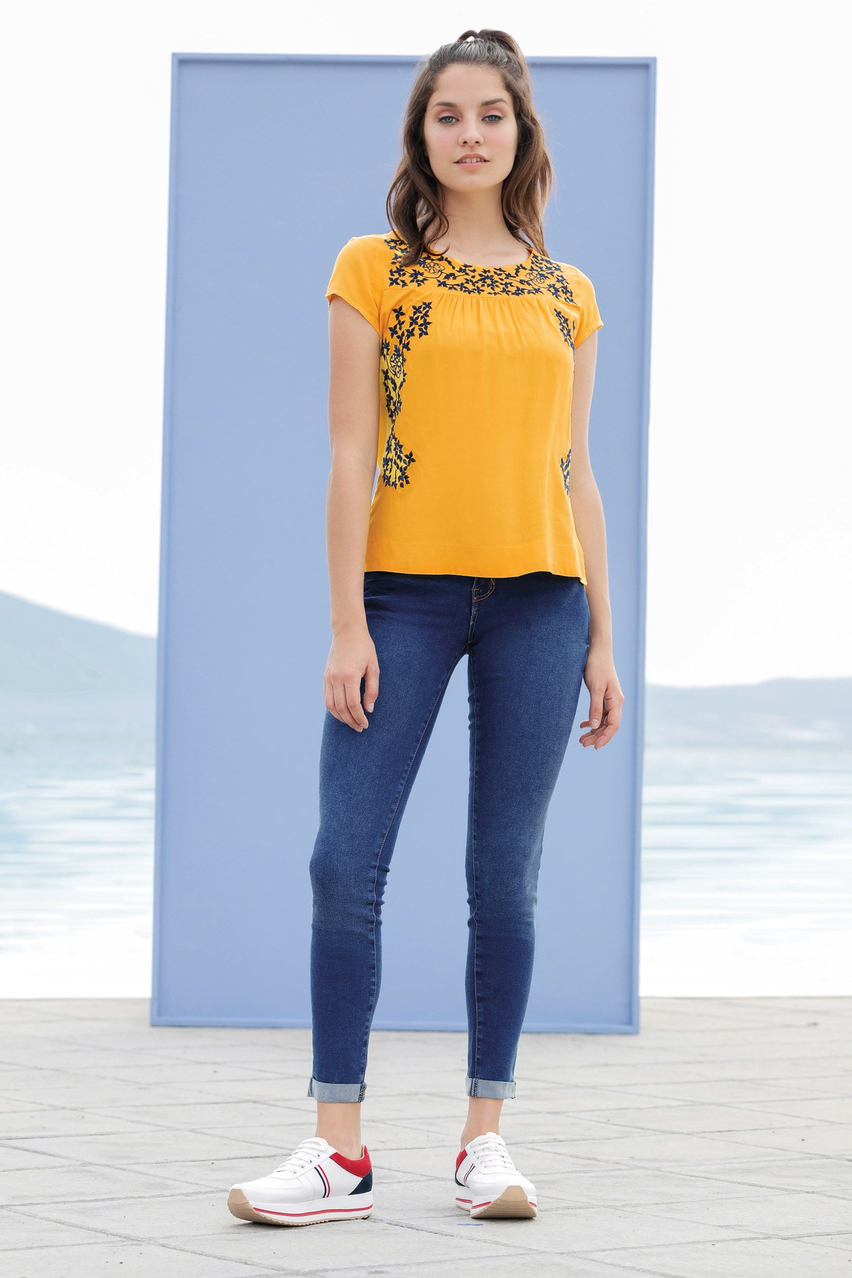 Rinna Pv 2020 Outfits Ropa Rinna Bruni