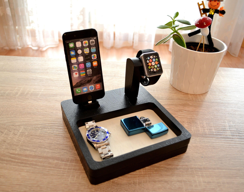 iphone ladestation docking station geschenk watch. Black Bedroom Furniture Sets. Home Design Ideas