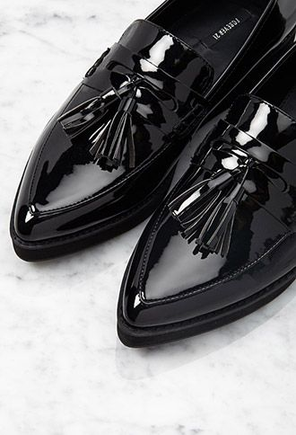Pointed Faux Patent Flatform Loafers | Forever 21 - 2000078055