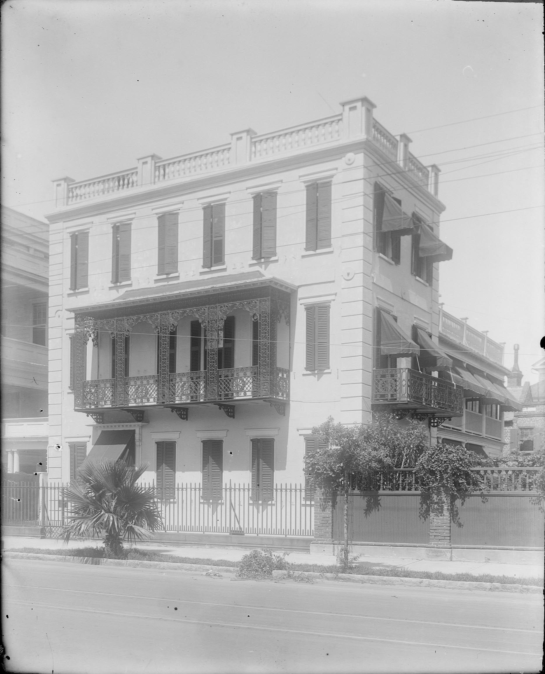 Charleston Sc Homes: 8 Meeting Street -- Charleston, SC