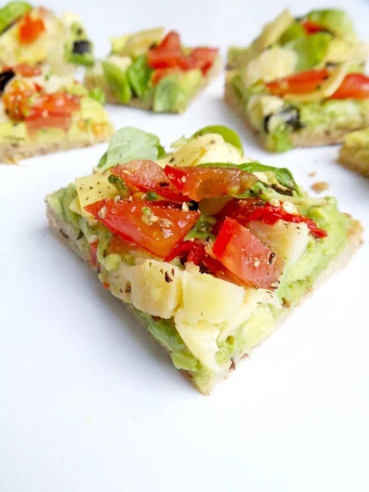 5minütiger AvocadoToast der nach Pizza schmeckt  Recipes