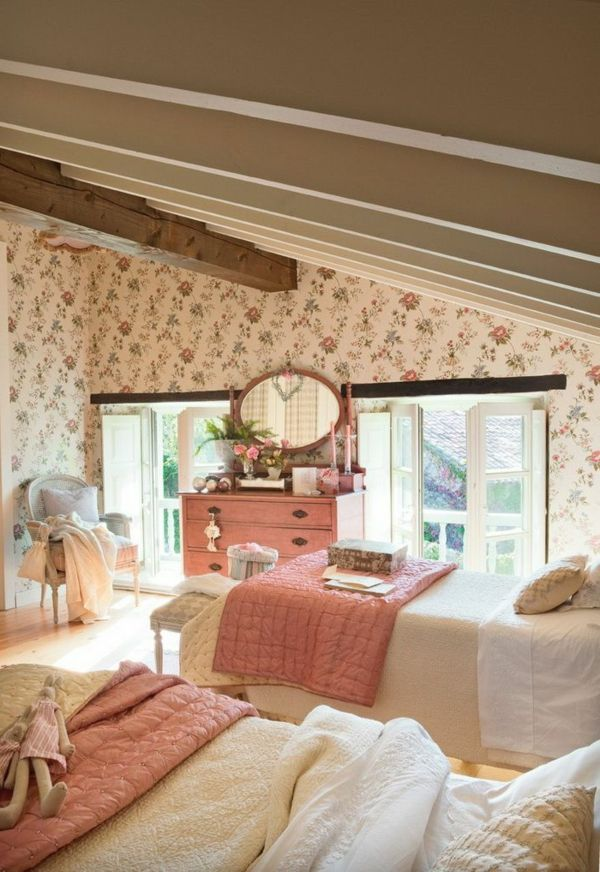 Schlafzimmer Design Tapeten Muster Landhausstil Holzbalken