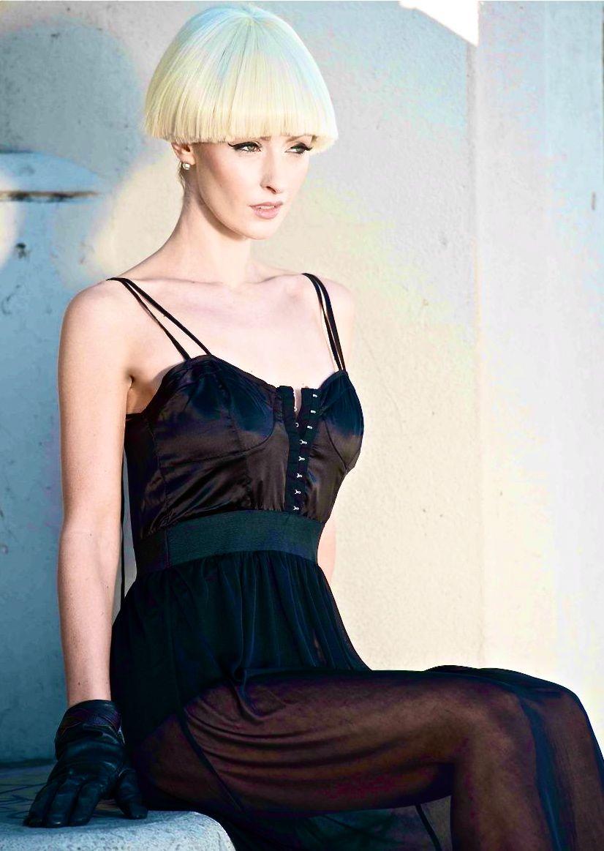 Hannah Cowley Nude Photos 41