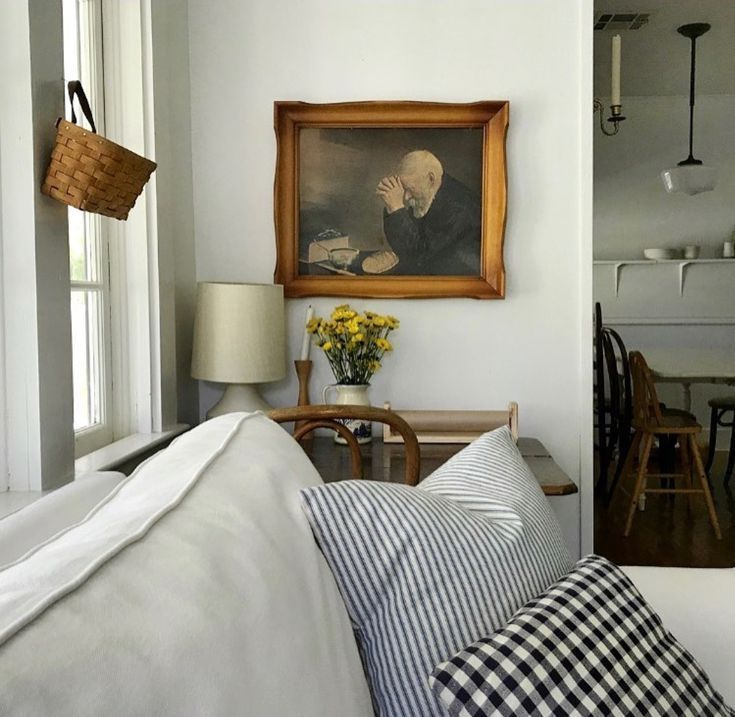Simple Farmhouse Inspired Living Room We Are Want To Say Thanks If You Like To Share This Post To Another People V Home Home Living Room Farm House Living Room
