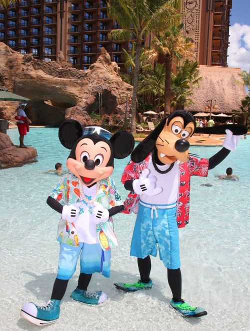 Cute Mickey & Goofy!!!