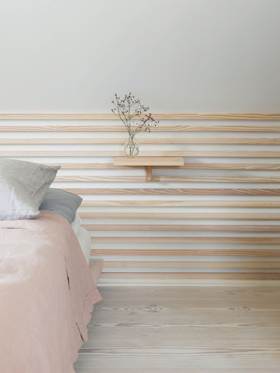 ce matin j 39 ai aim 22 une t te de lit en ch ne clair id es chambre parents t te de. Black Bedroom Furniture Sets. Home Design Ideas