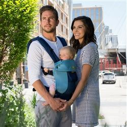 a9a39bbfdb1 Lillebaby Complete 6-in-1 Baby Carrier - Airflow (Aqua Blue). Cool and  supremely capable