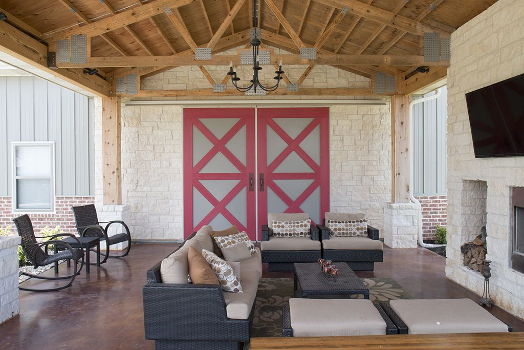 Morton buildings hobby garage porch interior in cypress for Metal building homes interior