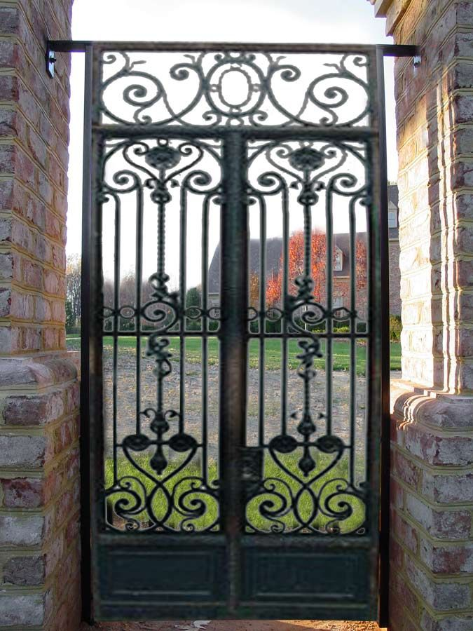 Iron Gate Design From Antiquity Hrg