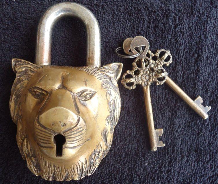Antique vintage rare huge big old brass golden lion padlock tibet ...