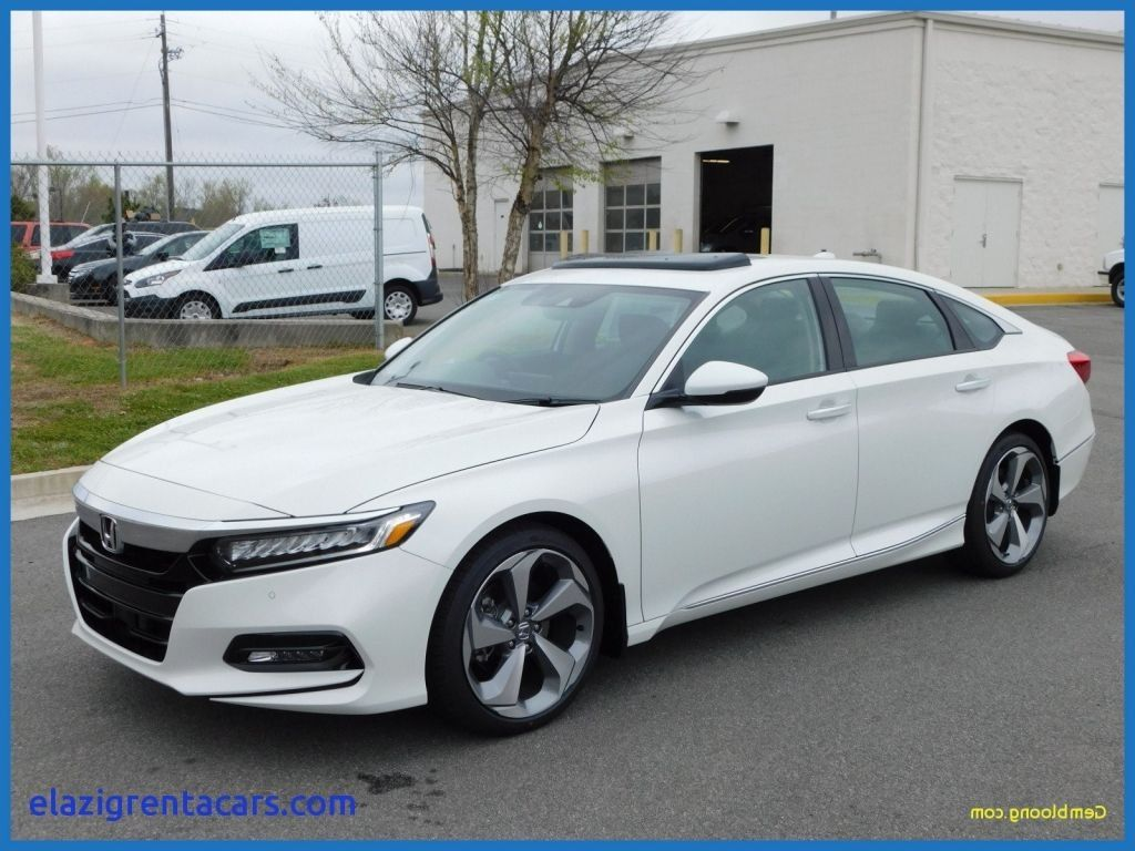 Car Trend reviews the 2019 Honda Accord Coupe Spirior