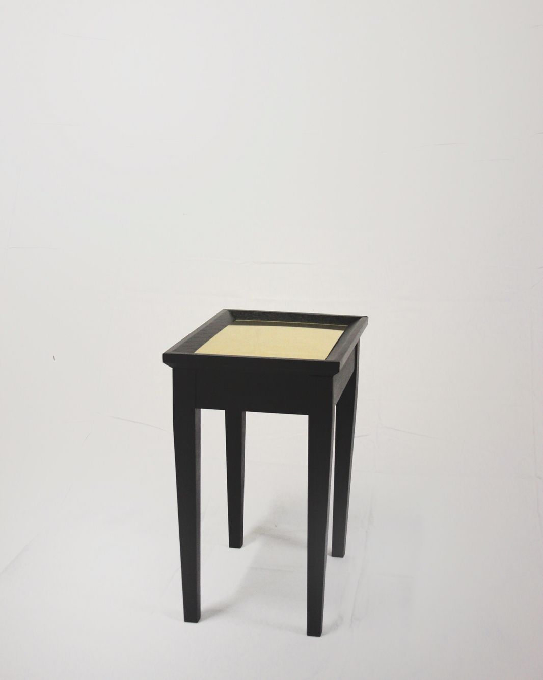 Couchtisch Goliath 90x90 Blk Gld End Table In Blacked Ash And Gold Mirror Goold
