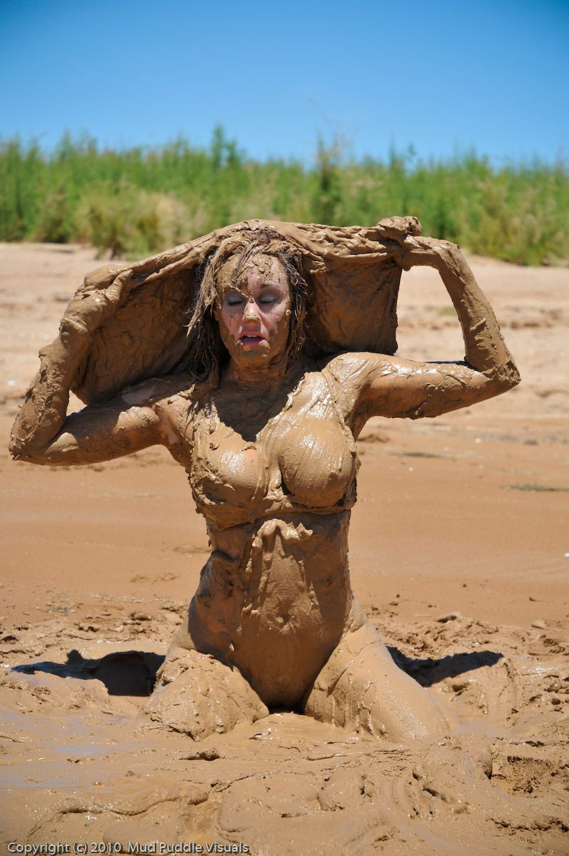 Showing Porn Images For Girls In The Mud Nude Porn  Wwwhandy-Pornnet-9752