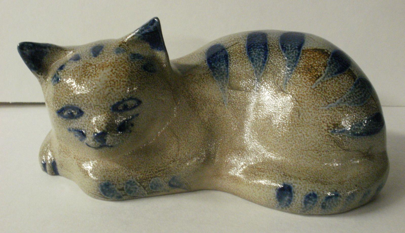 Stoneware Kitty