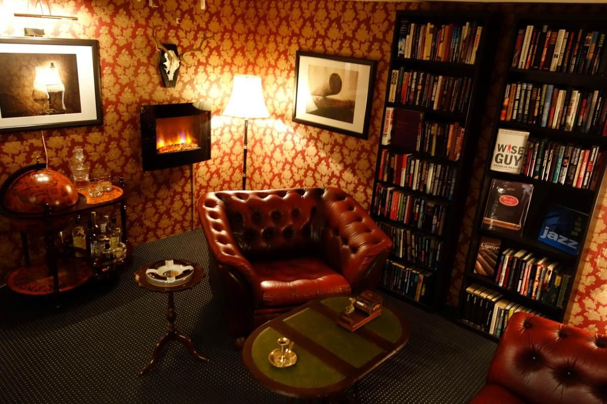 Man Cave Decor Accessories : The gentleman s club home decor accessories ideas
