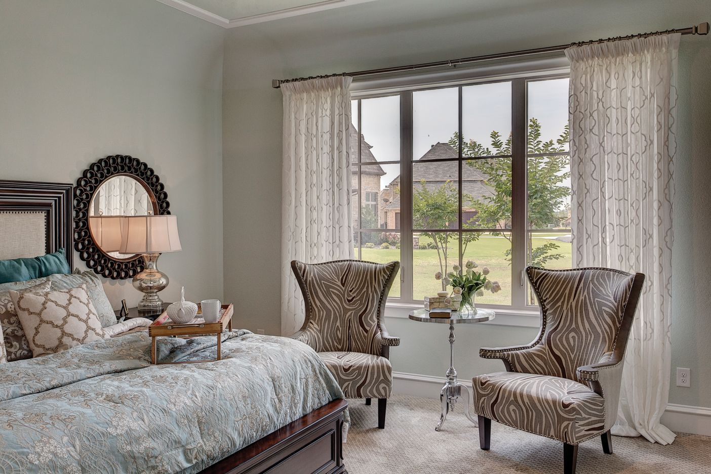 Slim Profile Windows With Grids Pair Light Curtains For A Contemporary Bedroom Design