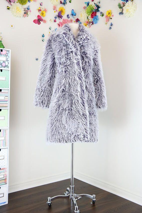 1990s Faux Fur Long Winter Coat - Groggy Coat - S M - Purple White ... 9e916af8dd4