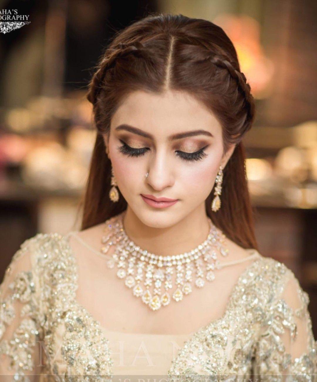 Pin By Mar U J On Bridal S Indian Wedding Hairstyles Trendy