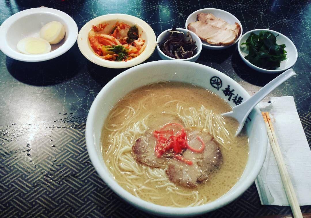 How Shin-sen-gumi does ramen. :3 Hakata ramen with egg thick cut chashu kimchi seaweed and mushroom. Delicious. #shinsengumi #ramen #food #foodie #japanese #littletokyo #itadakimasu by crystalike