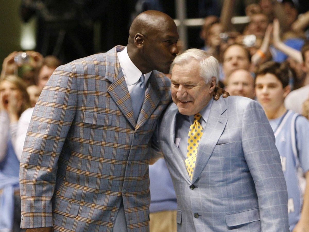Legendary Unc Coach Dean Smith Left All Of His Former