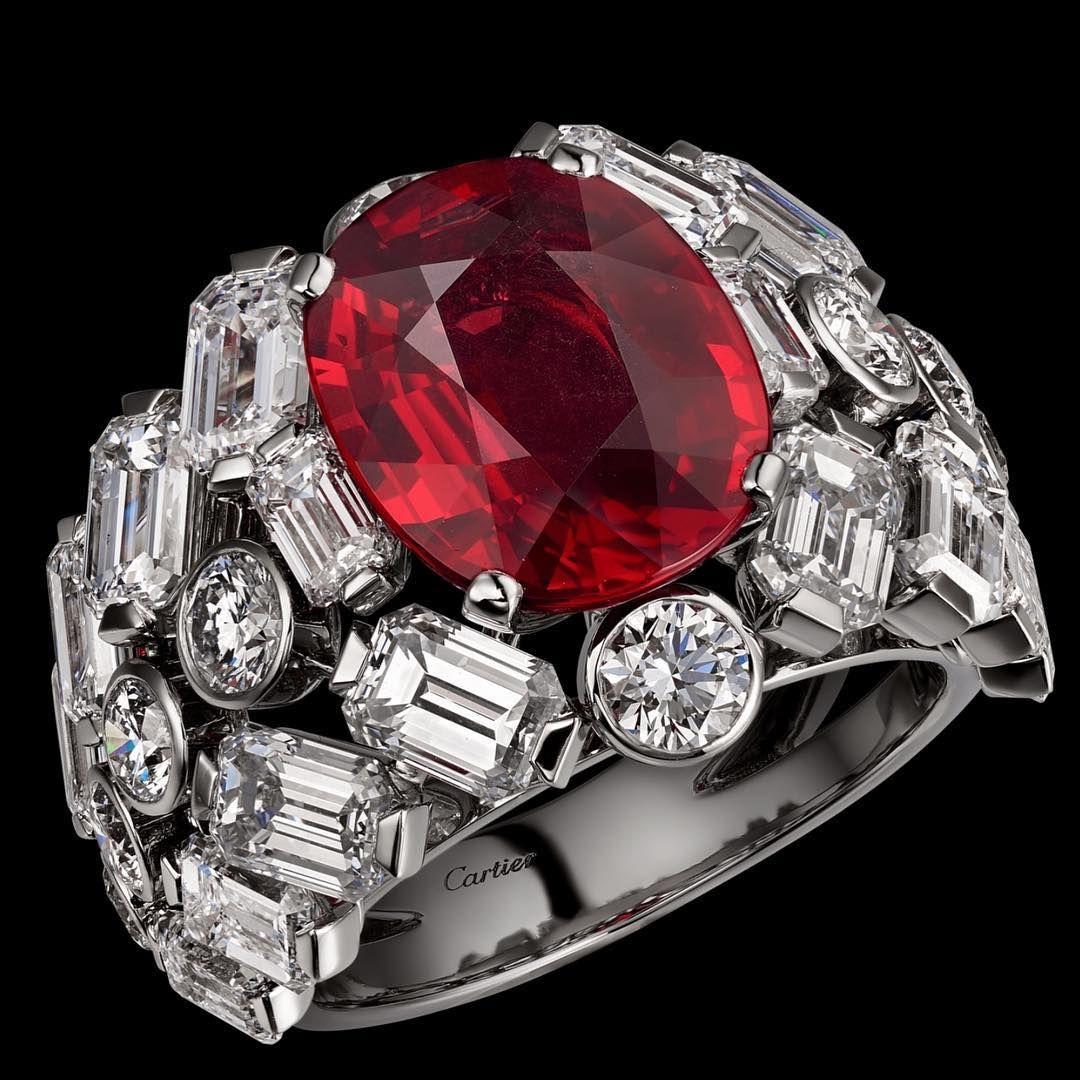 bague diamant taille emeraude cartier