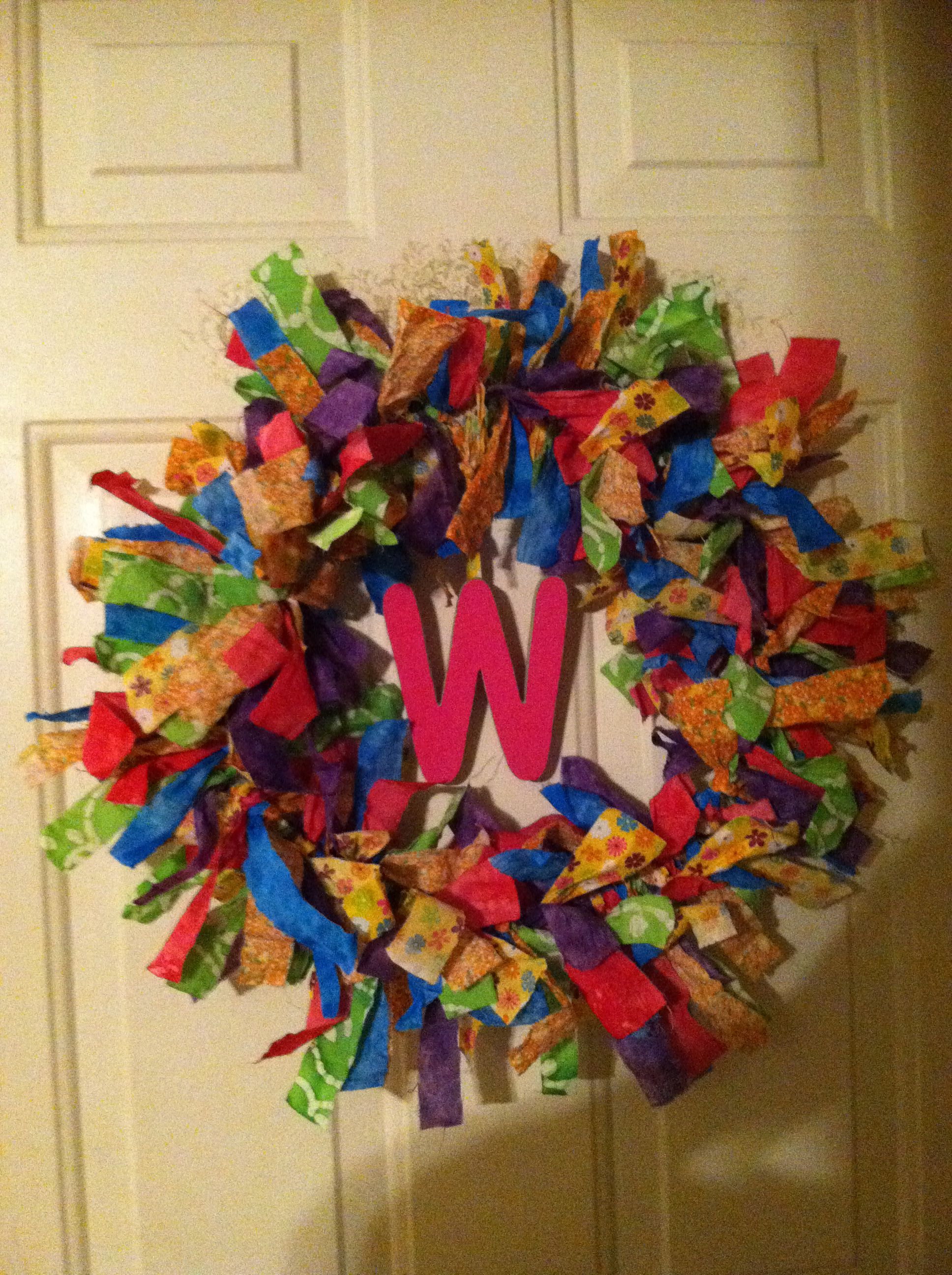 Diy Wreath Hanger Diy Wreath This Doesn 39t Have A Link I Used A Wire