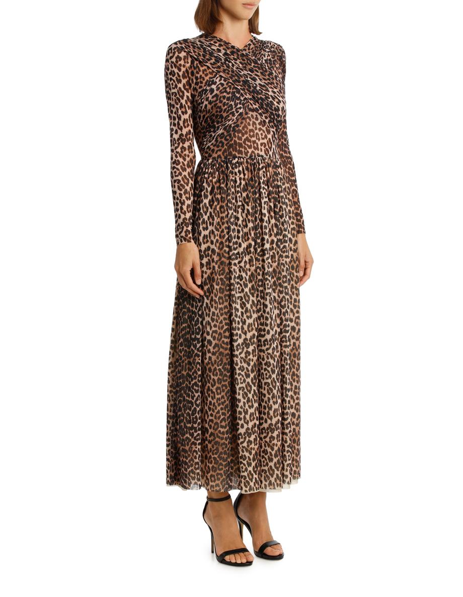 eecda2abde21 Pin by m i r i a m k o v a c s on f a s h i o n   Dresses with sleeves,  Fashion, Dresses