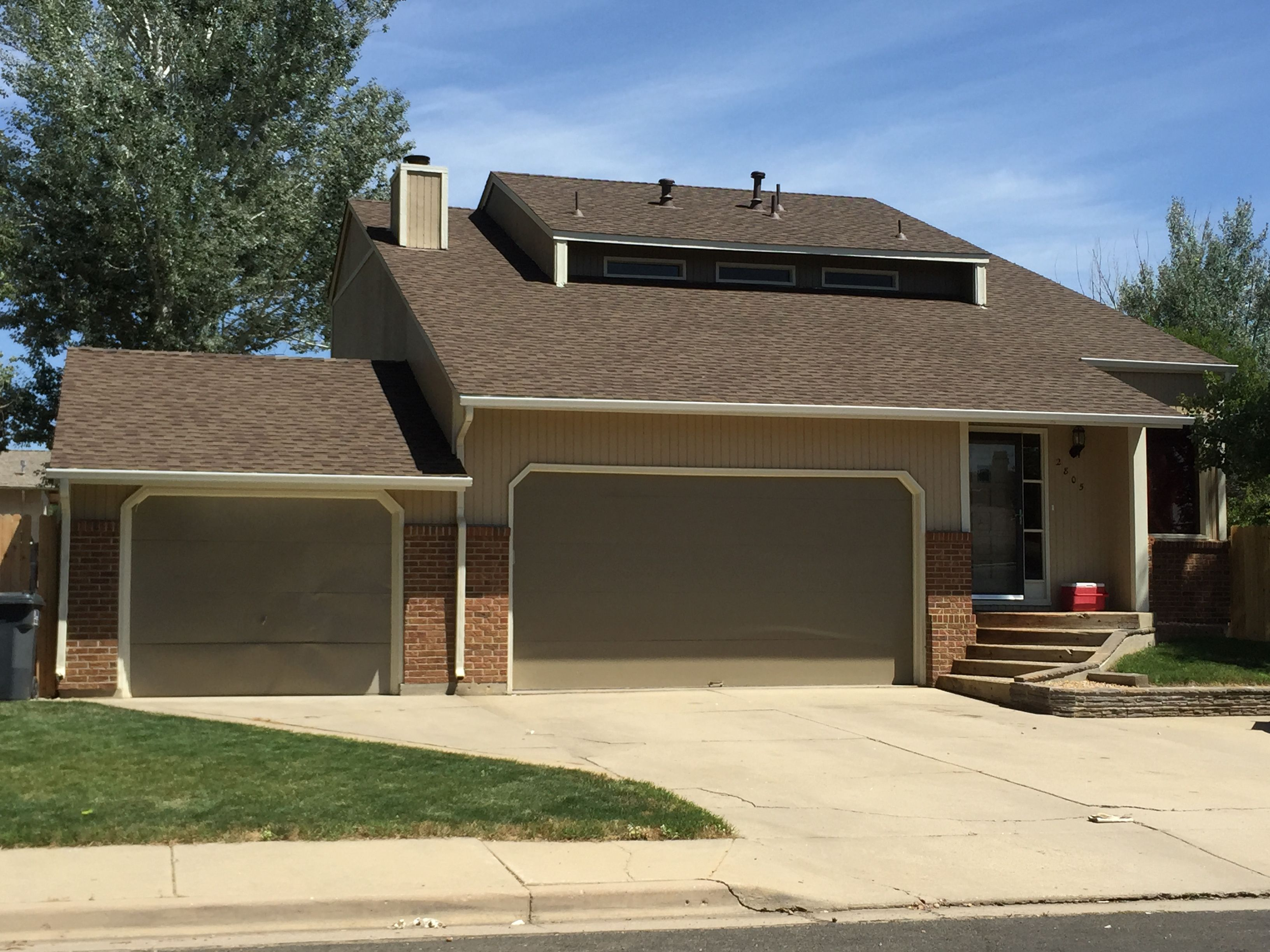 Best This Home In Longmont Looks So Nice With Barkwood Shingles 400 x 300