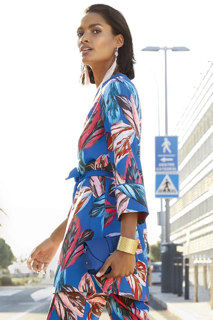 Frühjahr-Sommer Kollektion 2019: Shoppen Sie jetzt Ihre Frühlings-Lieblinge von MADELEINE!        Radiant colors and exciting #trends! Discover your perfect #Look for # Spring. #collection #favorites #madeleine #outfit für teenager #shop #spring #SpringSummer #summer