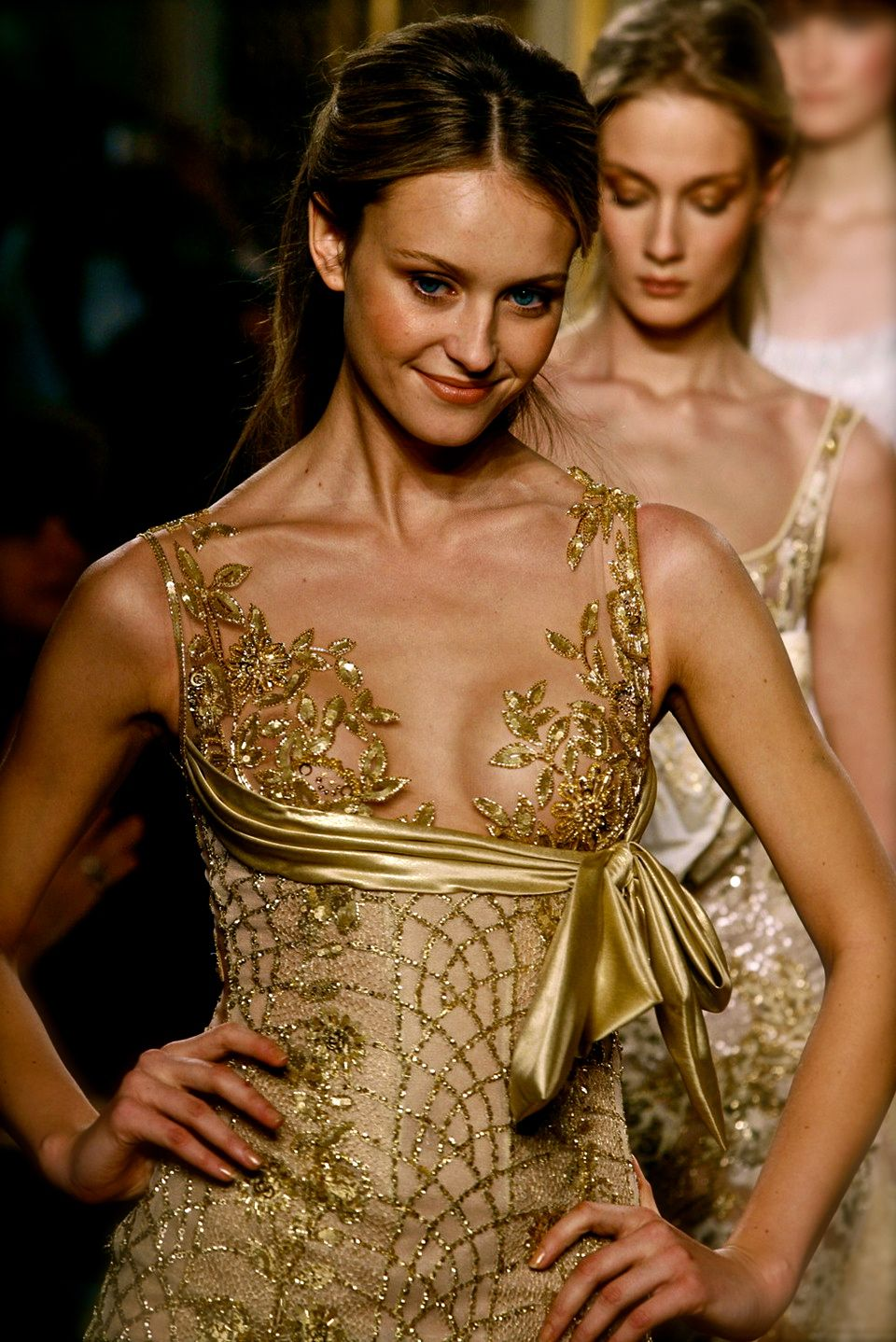Zuhair Murad - just pretty gold. Gold Dress #2dayslook # ...