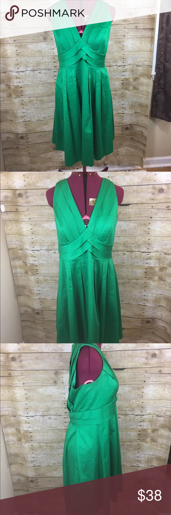"""Calvin Klein emerald green dress Empire waist fit flareThis is a very nice preloved condition Calvin Klein size 6 Emerald Green dress -- this dress is in great condition,  Length: 37"""" Arm to Arm: 16 Waist: 15 Calvin Klein Dresses"""