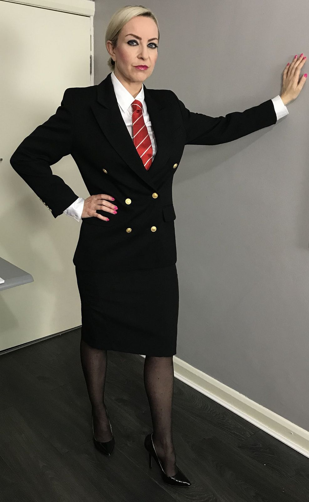 Untitled Suits For Women Women Wearing Ties