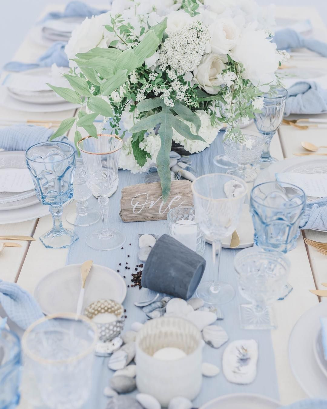 White And Blue Wedding Ideas: Dusty Blue Wedding Table Decor And Place Setting In 2019