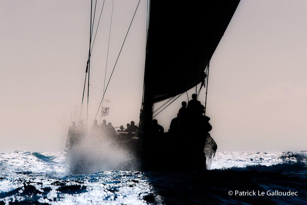 "justme-05: "" photo by Patrick Le Galloudec """