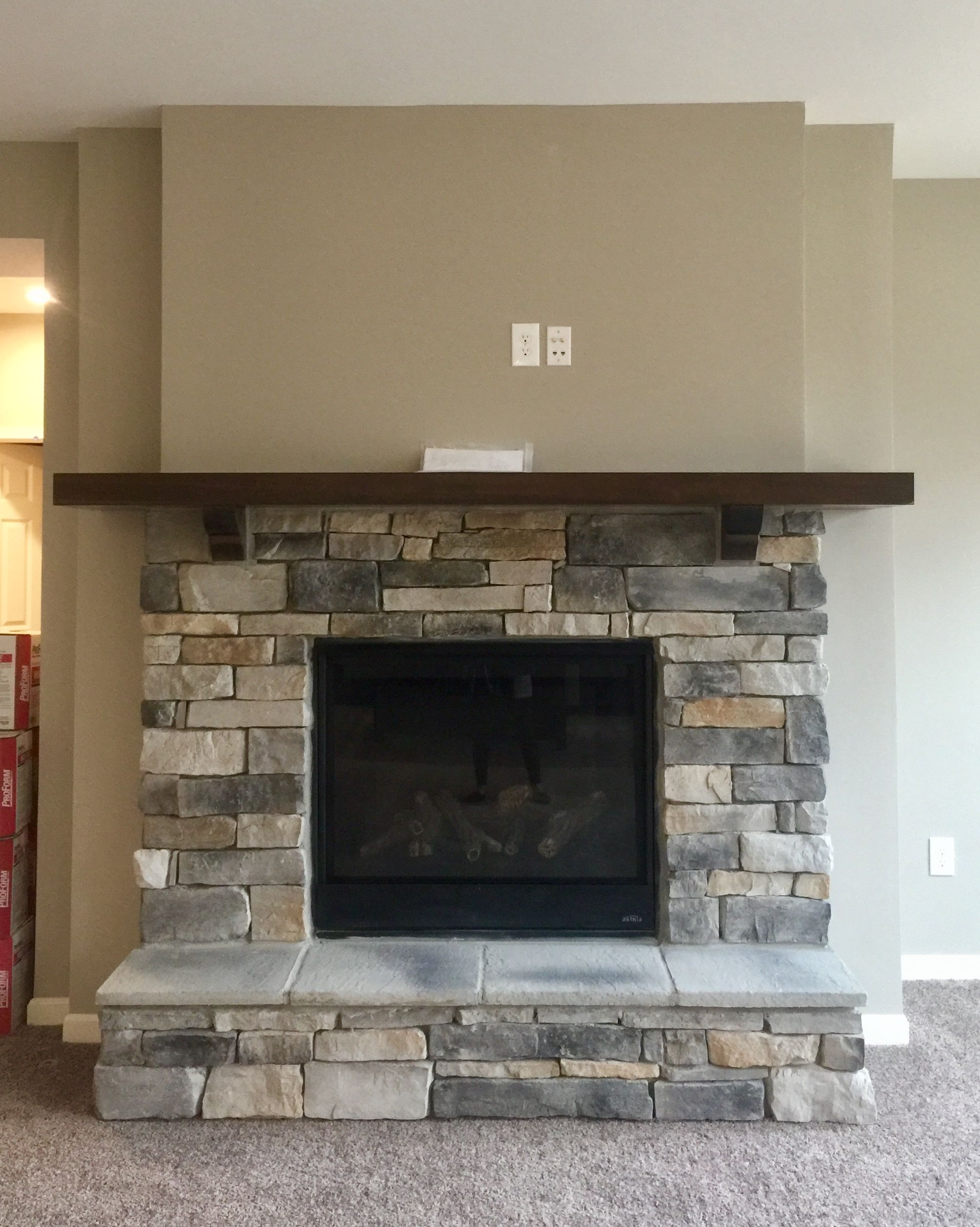 Customer Fireplace Prestige Weather Ledge Stone No Stone Above