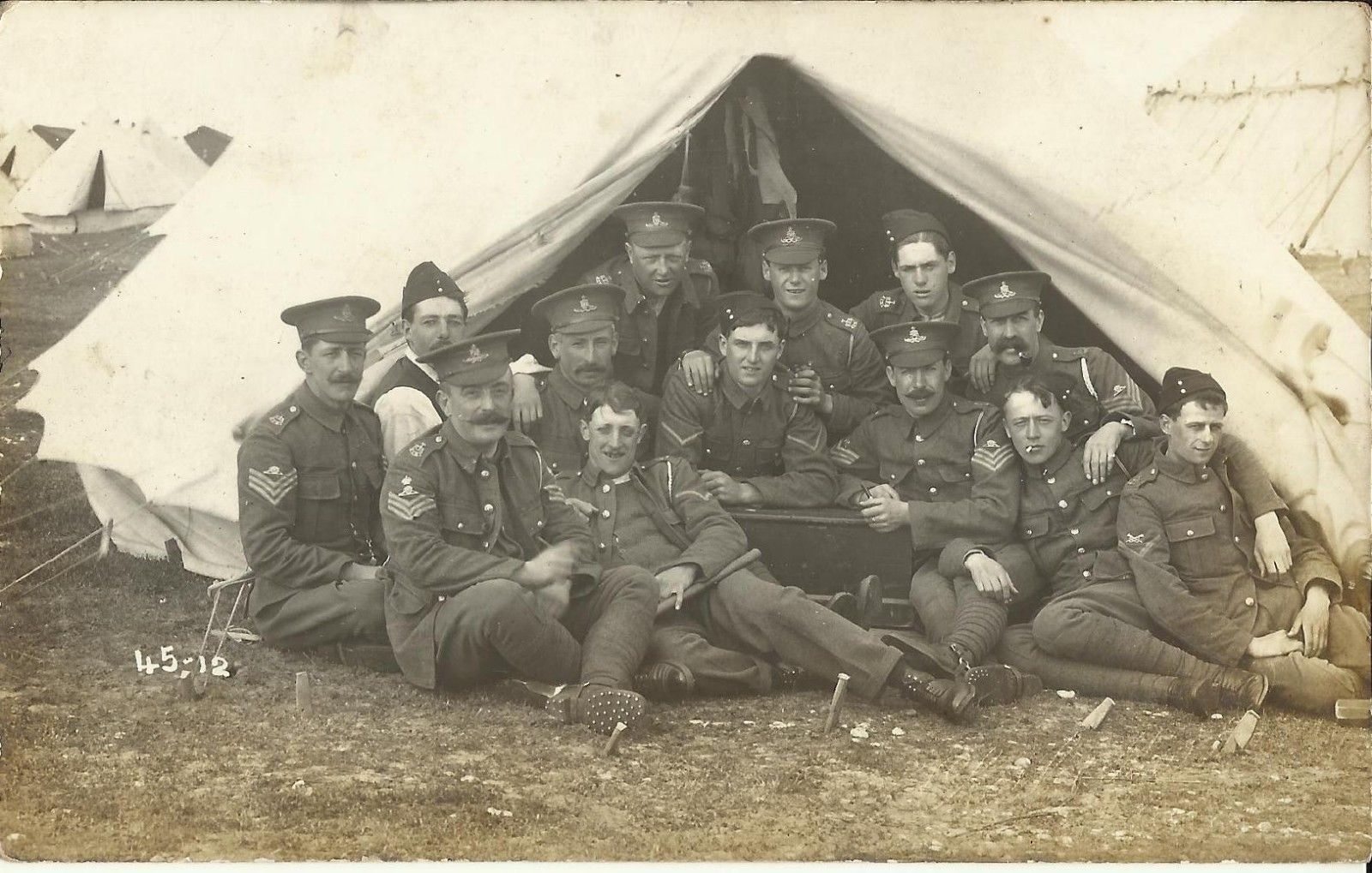 Kent RFA ( TF ) men in camp May 1914