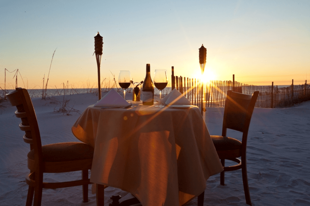 5 Reasons Couples Love Beach Walk Cafés Toes In The Sand Dining