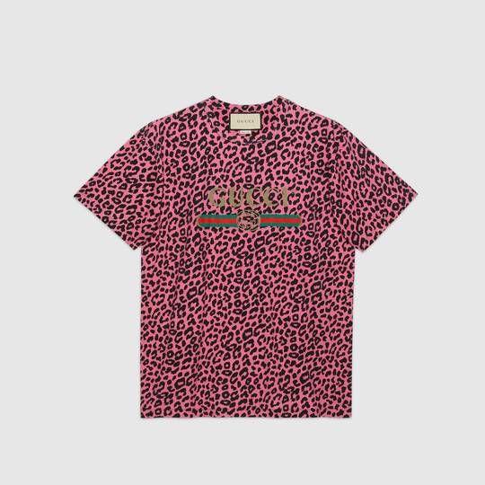7c0abb3de Oversize t-shirt with Gucci logo