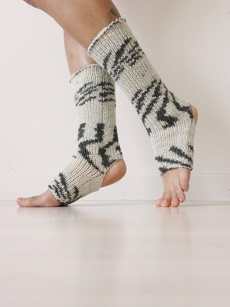 Flip Flop Socks Yoga Socks,Gift For Her Pedicure Socks Black Blue Flip Flop Socks Toe-less  Socks