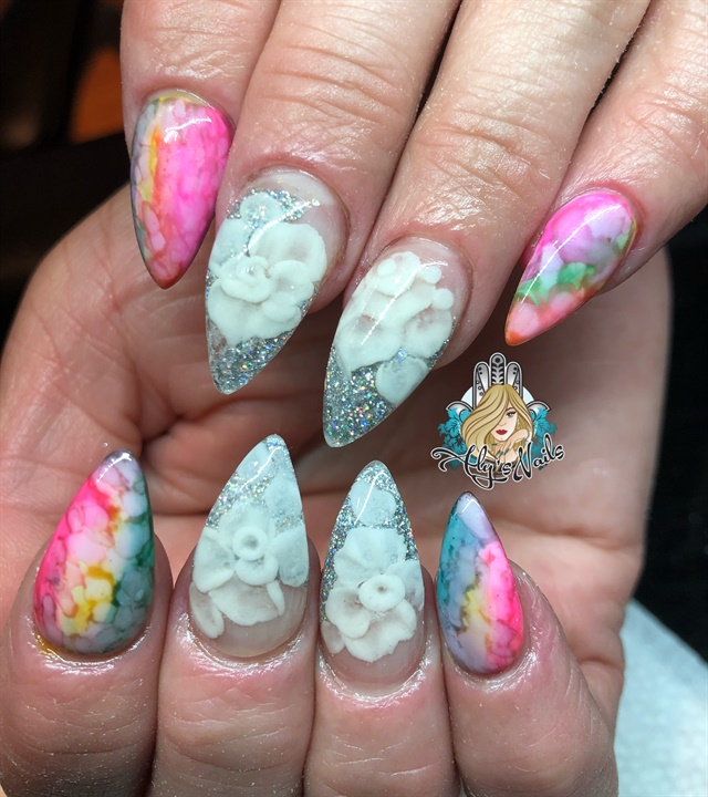 Day 155 Ink Marble And Embedded Flower Nail Art Flower Nails Nail Art Ombre Flower Nail Art
