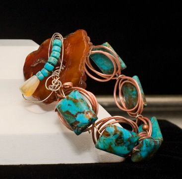 Art jewelry by Jacquie Hillman