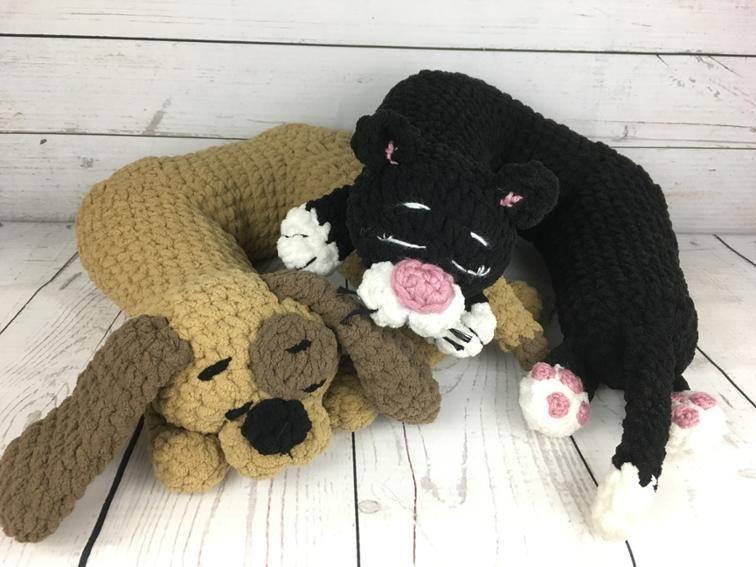 Travel Pillow: Cat Add-On Crochet pattern! Using #bernat ...