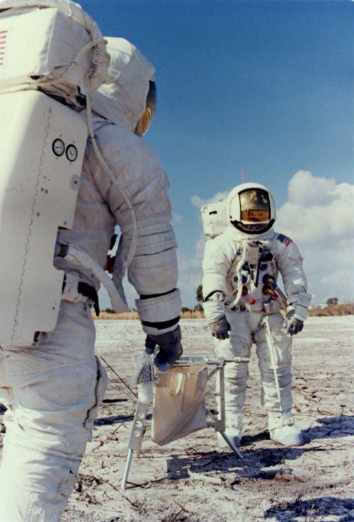 astronauts apollo 13 - 500×737