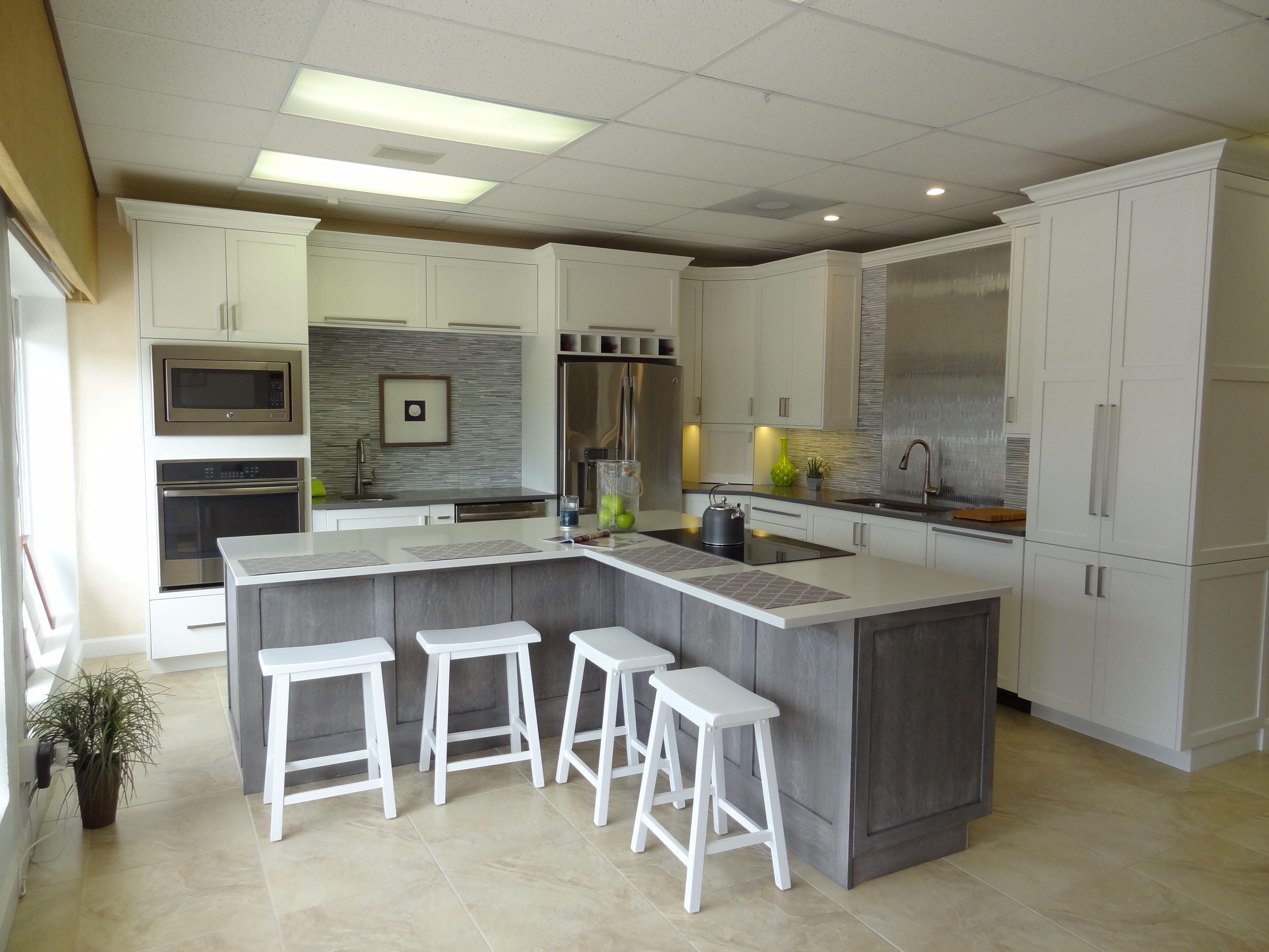 Woodharbor Designer White Kitchen Silverwood Island Alley Design To