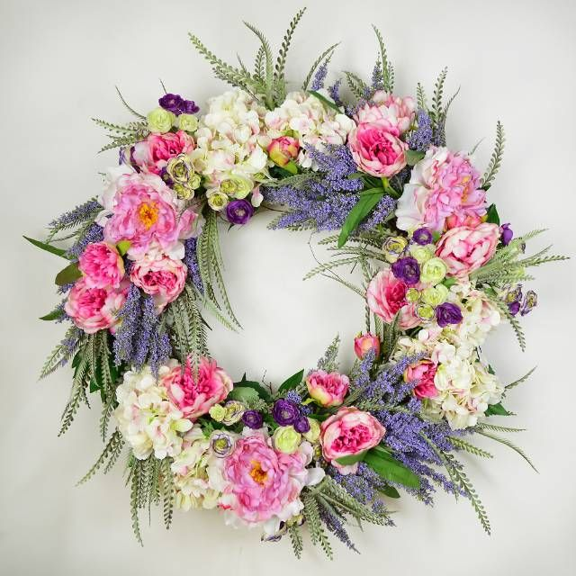 Offer An Instant Lush Feel In Your Entryway With The Effervescent Dream Garden Wreath White And Pink Hydrangeas Are Surrou Wreaths Dream Garden Wreath Storage
