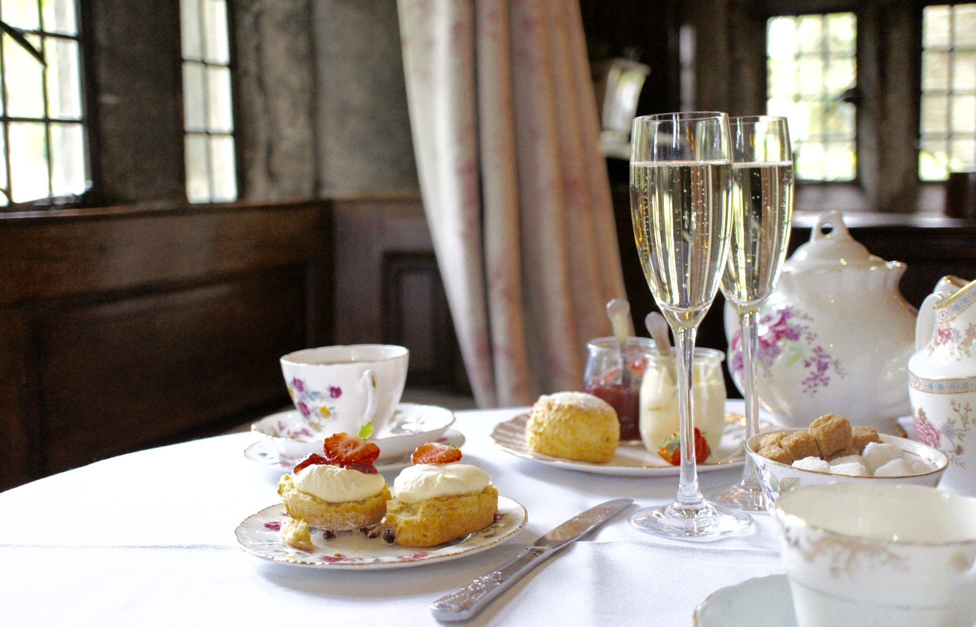 Mother's Day gift... Prosecco afternoon tea voucher? Buy