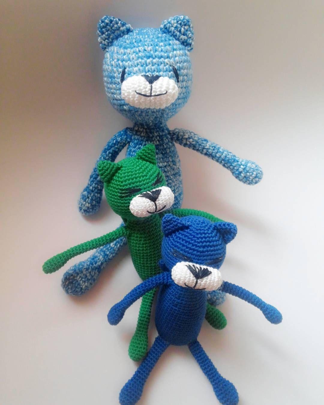 문어발인형 중 3개완성! #손뜨개 #뜨개질 #코바늘 #대바늘 #니팅 #크로쉐 #핸드메이드 #amigurumi #doll #crochet #knitting #handmade by yun_ddeu