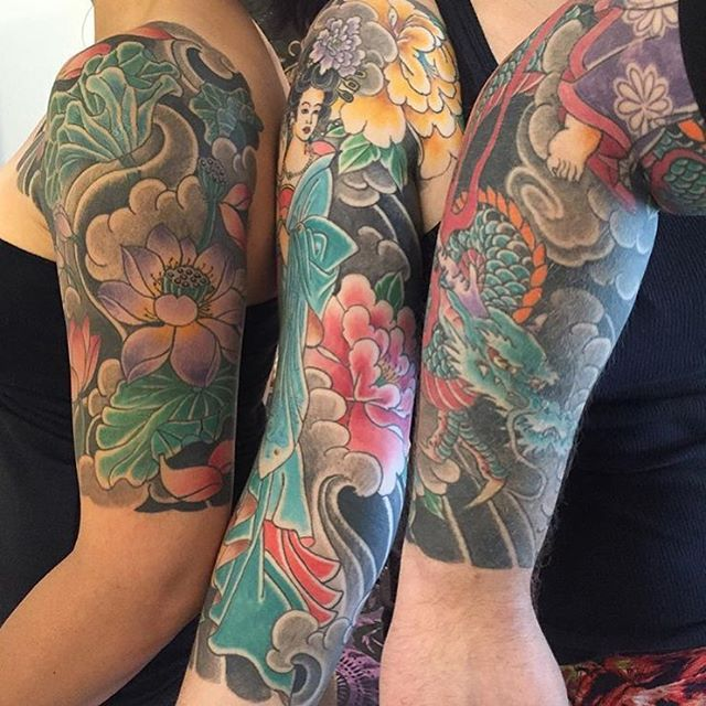Some sleeves all together by @rolytattooquilmes . I love to see a bunch of tattooed people together. Always a powerful sight! #japanesecollective #japanesetattoo #irezumi