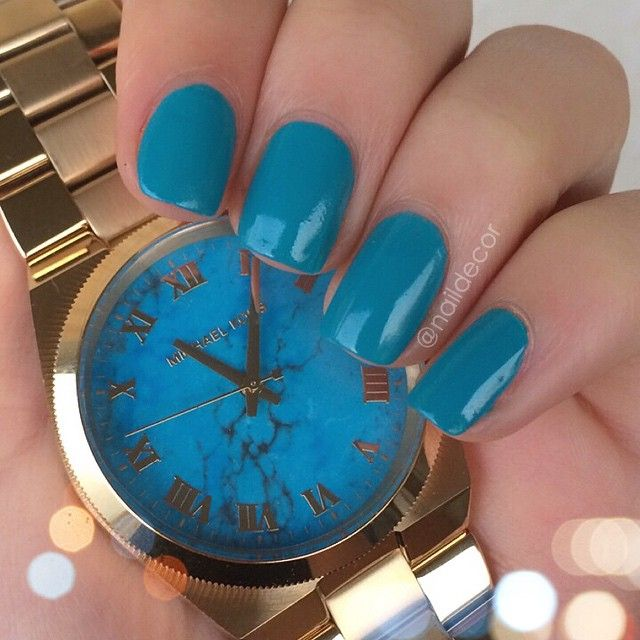 turquoise.quenalbertini: Instagram photo by naildecor
